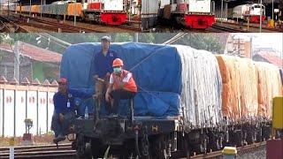 getlinkyoutube.com-Gerakan Langsir Kereta Api Angkutan Barang Semen di Stasiun Semarang Poncol