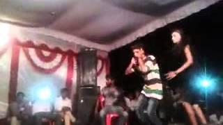sophipur   super  hit  dance.......................  kable  hathe se hilayi bola ye bhaujayi