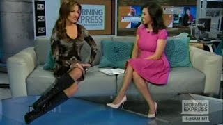 getlinkyoutube.com-Robin Meade in tall boots - 16-Feb2015