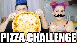 getlinkyoutube.com-LA PIZZA CHALLENGE - Scherzi di Coppia