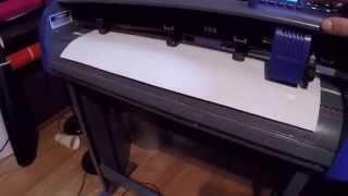 getlinkyoutube.com-Titan 3 Vinyl Cutter How to move your vinyl with arrow keys