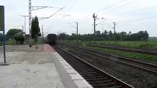 getlinkyoutube.com-Duronto vs Rajdhani :- Independence Day actions