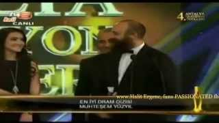 getlinkyoutube.com-Halit & Meryem+Kenan & Berguzar Red carpet & BEST DRAMA SERIES 4th Antalya awards