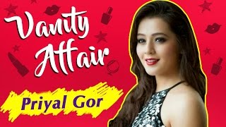 getlinkyoutube.com-Vanity Affair : Priyal Gor aka Ichha Make-Up Room Secrets |  Ichhapyaari Naagin | Exclusive