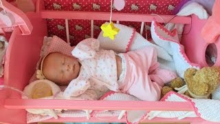 getlinkyoutube.com-Cleaning and dressing my preemie reborn doll