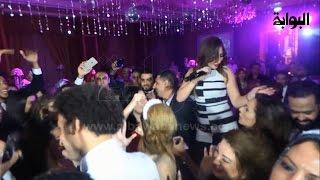 "getlinkyoutube.com-بالرقص.. بوسي تُشعل حفل زفاف الفنان ""علي ربيع"""