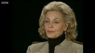getlinkyoutube.com-BBC - The Late Show - Face to Face: Lauren Bacall (20/3/95)