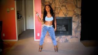 getlinkyoutube.com-How to do a Body roll, booty popping, twerking, combo