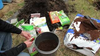 getlinkyoutube.com-Basic Principles to Making Container Soil Cheaply & Fertilizing It: 50-50 - MFG 2014