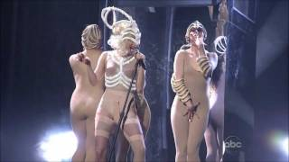getlinkyoutube.com-Lady Gaga - American Music Awards Bad Romance / Speechless live 2009 HD