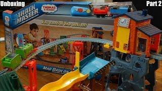 getlinkyoutube.com-Thomas & Friends Trackmaster: Mad Dash on Sodor Set Unboxing 2 of 3