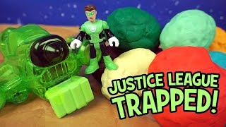 getlinkyoutube.com-Justice League Toys Trapped! Green Lantern Saves Imaginext Justice League & Play-Doh Surprise Eggs
