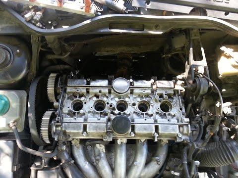 Замена маслосъёмных колпачков volvo 850, s70, v70,c70. Stem seals replace