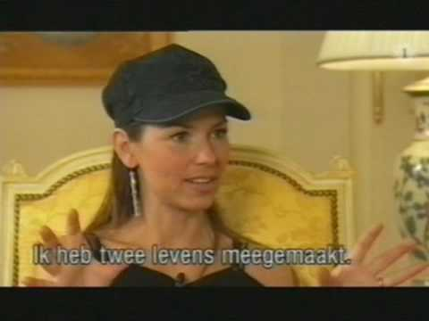 Interview Shania Twain - Belgium TV 2003 in Paris