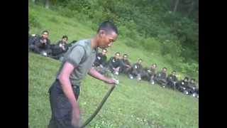 SISWA DIKSAR RESIMEN MAHASISWA MAHAWARMAN SKADIK 204 SULAIMAN DI GUNUNG PUNTANG JAWA BARAT MENANGKAP