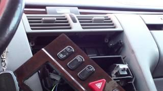 getlinkyoutube.com-Разборка передней консоли Mercedes W210 Dismantling the front console.
