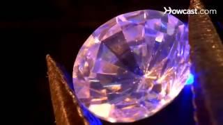 getlinkyoutube.com-طريقة الكشف عن الجواهر والماس المزيفة