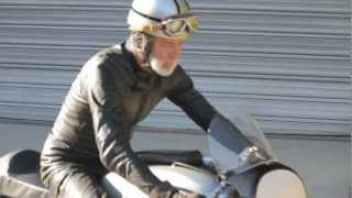 getlinkyoutube.com-Manx Inspired 1956 Norton Dominator 99