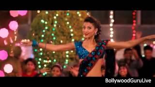 getlinkyoutube.com-Hot song - Ishaqzaade - Parineeti Chopra and Gauhar Khan