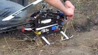 getlinkyoutube.com-T-Rex 700E 3G - First flight