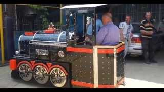 getlinkyoutube.com-Electric Kids Trains Trackless Trains from Turkey