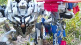 getlinkyoutube.com-TransFormers ROTF Forest Battle