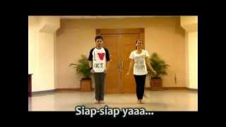 The FIRST Betawi Flashmob Dance in Outdoor (Lagu: