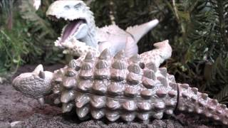 getlinkyoutube.com-Jurassic World Indominus Rex Attack Stop Motion
