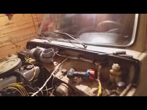 Где моторчик омывателя лобового стекла у ВАЗ 2107