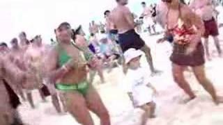 getlinkyoutube.com-Tuga Beach Party en Cuba