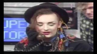 getlinkyoutube.com-Culture Club on Saturday Superstore pt3 with 3 yr old  Natalie Casey