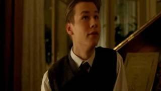 Kate Winslet & David Kross - deleted scene width=