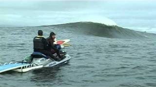 getlinkyoutube.com-Prowlers 2010, Irelands newest Secret Biggest Wave.mpg