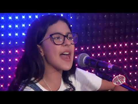 LIVIA E LAURA DUAS GAROTINHAS TOCANDO E CANTANDO A VERDADEIRA MUSICA RAIZ PROGRAMA TITIO DONI NA TV.