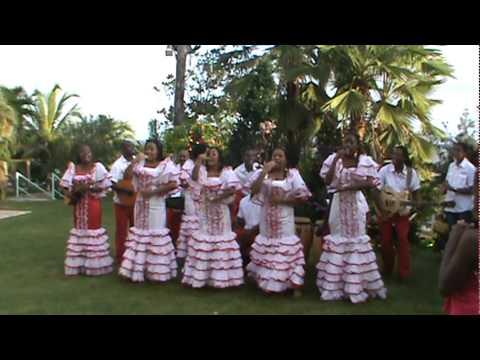 Cantando Gloria - Los Alumnos de San Juan