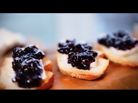 Brie Crostini with Blueberry Compote