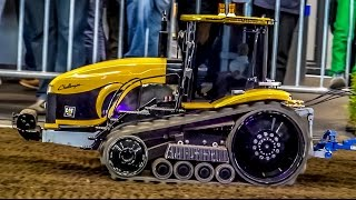 RC tractor Cat Challenger in 1:8 scale working on a field! Awesome and BIG!