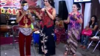 getlinkyoutube.com-CINTA TAK TERPISAHKAN,gareng & wawin,by.Campursari Tokek Sekar Mayank (call:+628122598859)