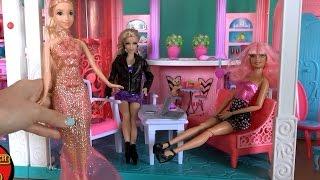 getlinkyoutube.com-Видео с куклами, серия 487, Челси и Барби выбирают для Рапунцель платье на бал