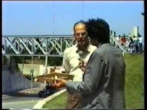 ENSAYO DE MODELOS DE PUENTES EN MADERA BALSA - FAUDI-UNC - 1991
