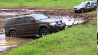 getlinkyoutube.com-Jeep Grand Cherokee and Mitsubishi Pajero Sport, Алешино, Сыктывкар