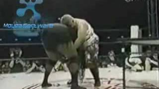 getlinkyoutube.com-Awesome Kong vs Aja Kong Womens Wrestling Japan
