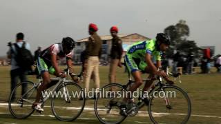 getlinkyoutube.com-Punjabis take part in track cycling race at Rural Olympics 2017
