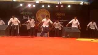 getlinkyoutube.com-funny dance (Full Enjoy Group)