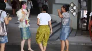 getlinkyoutube.com-[3/5] Jannina W. @ Siam Square One,  Songkran Festival [13.4.15]