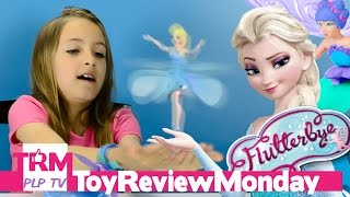 getlinkyoutube.com-New Toys FLYING ELSA with Lights and Music FLUTTERBYE Magical Fairy Bracelet  Light up Elsa Doll