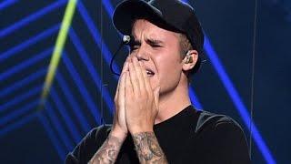 Justin Bieber Breaks Down In Tears On VMA Stage, Where Was Selena Gomez?