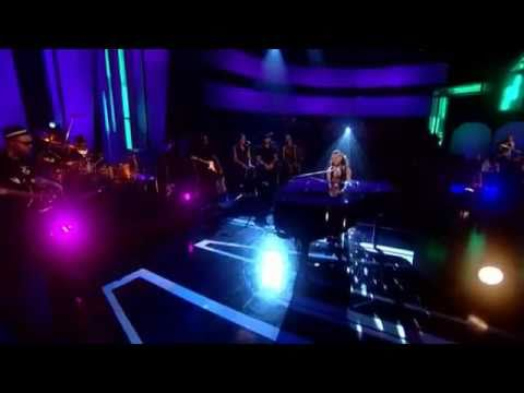 Alicia Keys & Bruno Mars BET Awards 2011 -uiPb0R0UWqw