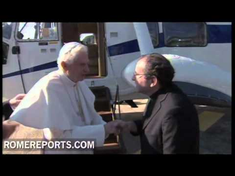 Pope arrives at Castel Gandolfo to begin his summer holidays