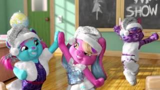 getlinkyoutube.com-The Honey Girls Sing Reindeer Bells Build A Bear Workshop